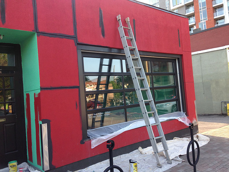 before exterior painting of the Rowan restaurant in the Glebe and Dows lake area of Ottawa