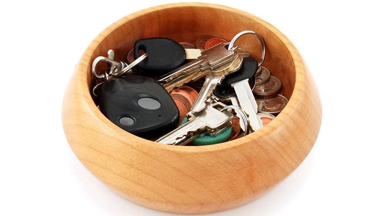 set of keys inside the bowl