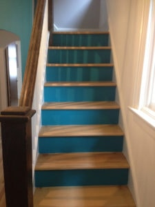 Staircase painted in blue by PG PAINT & DESIGN Ottawa painters