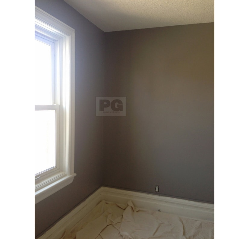 finished look of interior painting of room after painted by PG PAINT & DESIGN